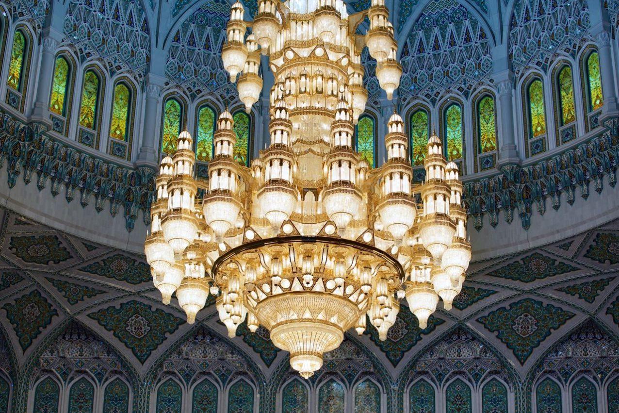Sultan Qaboos Grand Mosque-chandelier