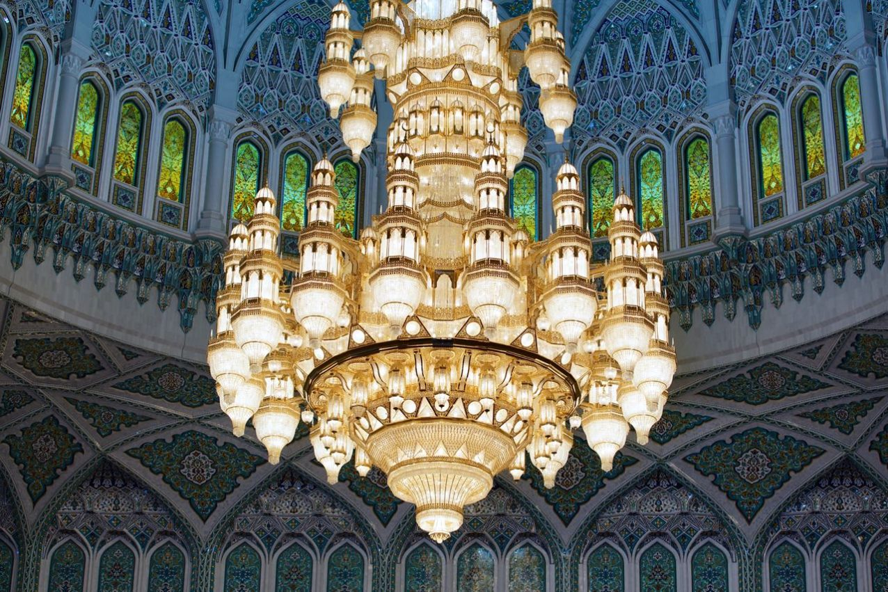 Sultan Qaboos Grand Mosque-chandelier